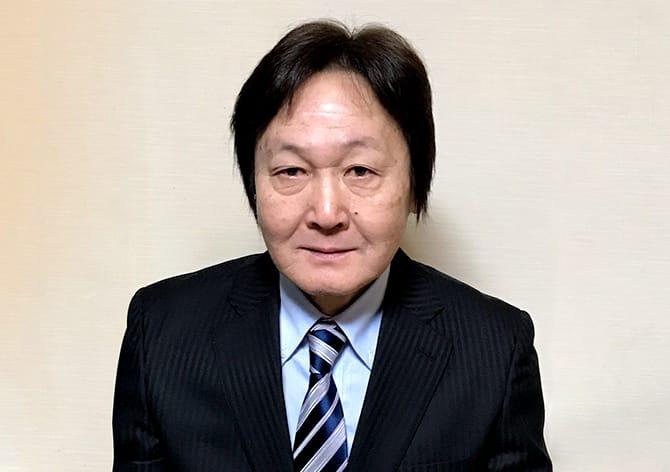 社会保険労務士 鈴東 秀司